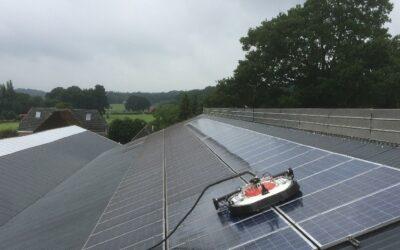 3 tips om zonnepanelen te reinigen