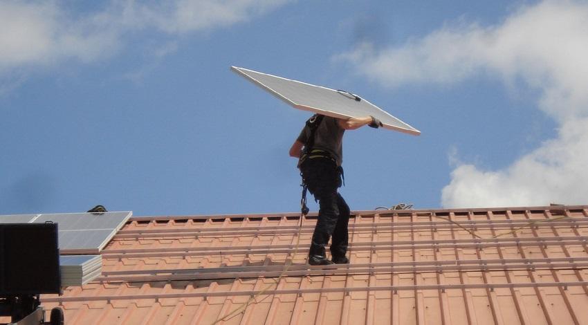 Verhoog brandveiligheid van zonnepanelen met Scope 12