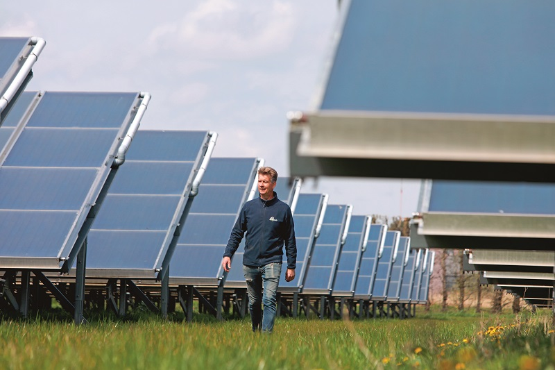 Met zonnecollectoren naar een fossielvrije kas
